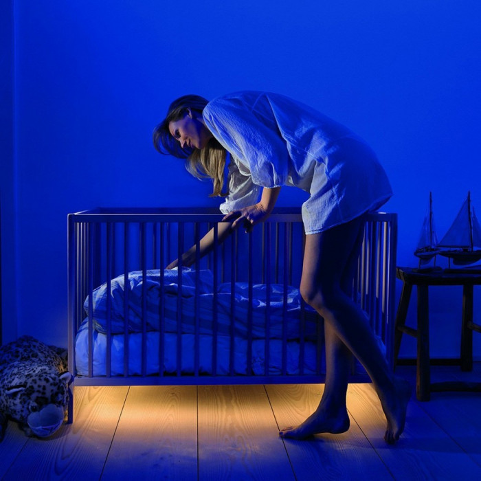 Kit banda LED cu senzor de miscare pentru iluminare pat, lungime 1.2 m