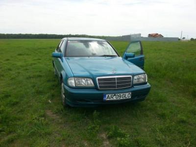 Mercedes - Benz C 220D foto