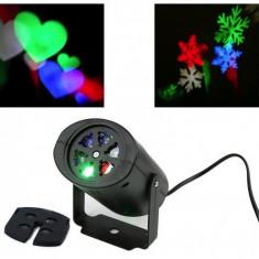 Proiector LED de interior cu 2 diapozitive colorate: Inimioare si Fulgi Zapada