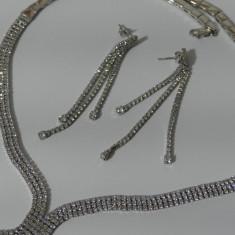 Set colier si cercei argint cu zirconii -247
