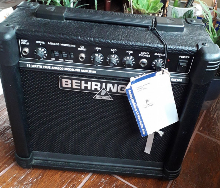 Amplificator Behringer 15W GM108