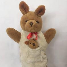 Marioneta teatru de papusi, papusa manuala tip manusa, cangur cu puiut
