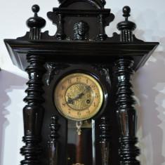 Ceas de perete cu pendul Junghans A13