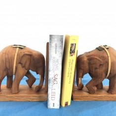 Pereche de suporti vechi francezi,din lemn,pentru carti,in forma de elefanti