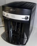 Espressor DeLonghi Magnifia, cappuccinator expresor