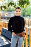 Pulover Gina negru cu design in carouri si aplicatii sferice