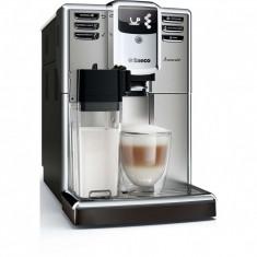 Espressor automat Saeco Incanto HD8917/09, 1850W, Recipient lapte integrat, 5 varietati de cafea, AquaClean, 15 bar, 1.8l, Inox/Negru