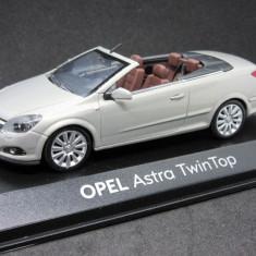 Macheta Opel Astra H cabrio Minichamps 1:43