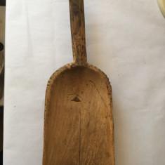 Cumpara ieftin Scafa veche din lemn / lingura taraneasca pentru cereale, faina, 35x21x12 cm