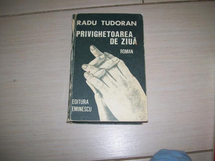 PRIVIGHETOAREA DE ZIUA RADU TUDORAN