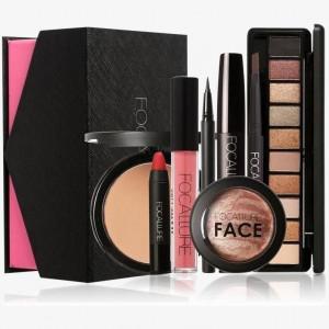 Pachet cu produse cosmetice perfecte pt cadou Focallure OFERTA