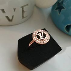 Inel Dama Fashion Placat Cu Aur Louis Vuitton  Auriu