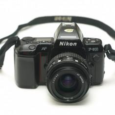 Nikon F-801 + Nikkor 35-70mm