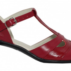 Pantofi dama retro din piele Ninna Art 103 rosu