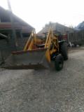 Tractor universal 640