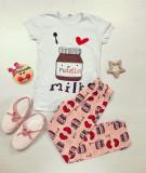 Pijama dama ieftina bumbac cu pantaloni lungi roz si tricou alb cu imprimeu NT
