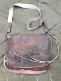 Geanta vanator piele veche
