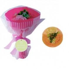 Buchet cu 3 trandafiri din sapun  pentru decor si baie-ALB/SOMON