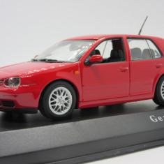 Macheta Volkswagen Golf MK 4 Minichamps 1:43