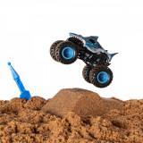 Set Masinuta Monster Jam Monster Dirt Megalodon