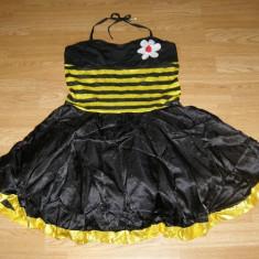 Costum carnaval serbare albina albinuta pentru adulti marime L, Din imagine