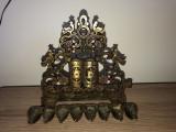 Menora,obiect de cult evreiesc din bronz