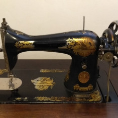 Masina de cusut mecanica Singer