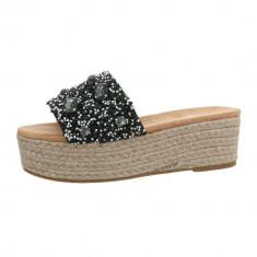 Papuci sic, cu platforma si numeroase aplicatii decorative, 36 - 40, Negru