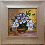 Tablou Natura Statica Vas cu flori alb violet pictura in ulei inramat 45x45 cm