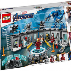 LEGO Marvel Super Heroes - Iron Man - Sala Armurilor 76125