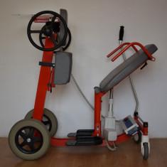 Verticalizator electric cu deplasare manuală