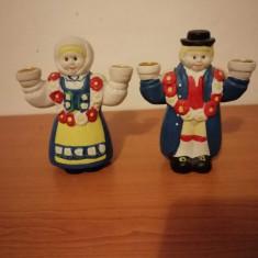 Pereche suport lumanare sfesnic figurina ceramica handmade folk art Suedia 13cm