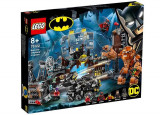 LEGO DC Super Heroes - Invazia lui Clayface in Batcave 76122