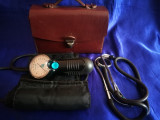 Tensiometru vechi Spengler. Paris, Made in France + Gentuta piele