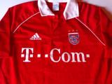 Tricou cu semnatura Bastian Schweinsteiger-BAYERN MUNCHEN (CL 2005/2006)