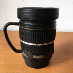 Cana termos in forma de obiectiv foto cu maner, 250 ml
