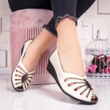 Pantofi dama bej cu platforma Respenia