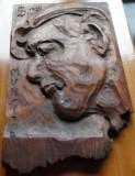 Portret de muncitor ; Sculptura in lemn de Ioan H. Sarghie din Bucovina , 1958