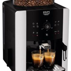 Espressor automat Krups Arabica EA811810, 1450 W, 15 bari, 1.7 l (Negru)