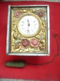 Ceas Sasesc probabil sec.XVIII -cadran pictat , mecanism vechi- trebuie reparat