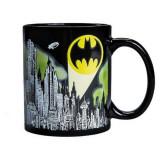 Cumpara ieftin Cana termosensibila, Batman-Cavalerul Negru, 300 ml