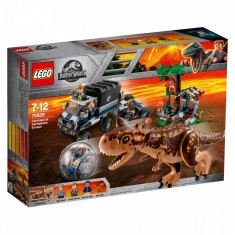 LEGO® Jurassic World - Evadarea Carnotaurus Gyrosphere (75929)