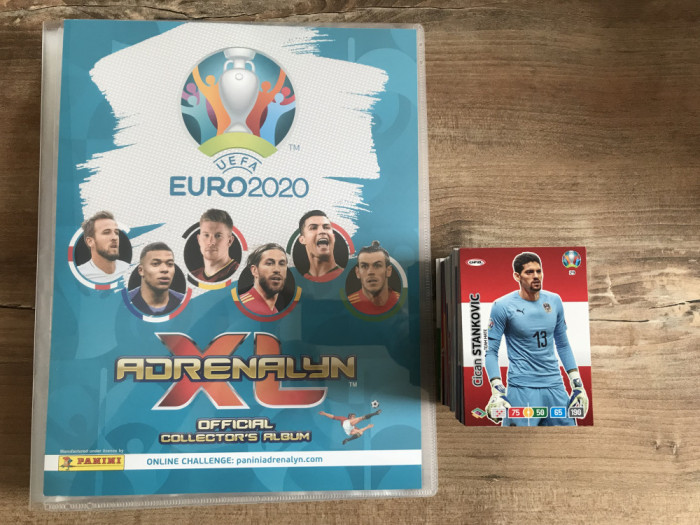 Panini Euro 2020 Adrenalyn XL Binder si 150 carduri Team Mates diferite