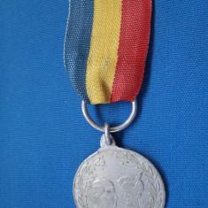 MEDALIE ANIVERSARA A MARII  UNIRI/1929-ALUMINIU/MIHAI VITEAZUL SI REGELE MIHAI