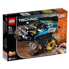 LEGO® Technic - Masinuta de cascadorii 42095