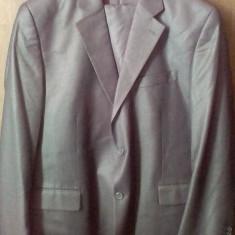 Costum Giorgio Armani