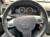 Donează-mi mașina sport vectra Opel GTS.