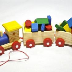 Trenulet din lemn, cu forme