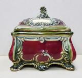 Bomboniera / Caseta bijuterii din majolica, Perioada interbelica