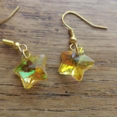 Cercei aurii cu stelute de cristal